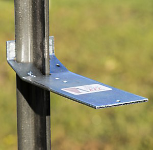 Metal T Post 16 great uses for t-post brackets